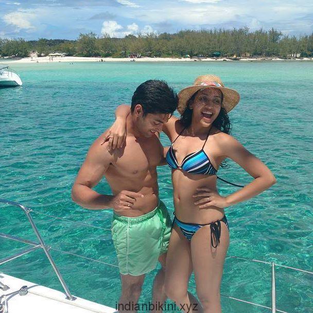 Ruslaan Mumtaaz and Nirali enjoying in Mauritius