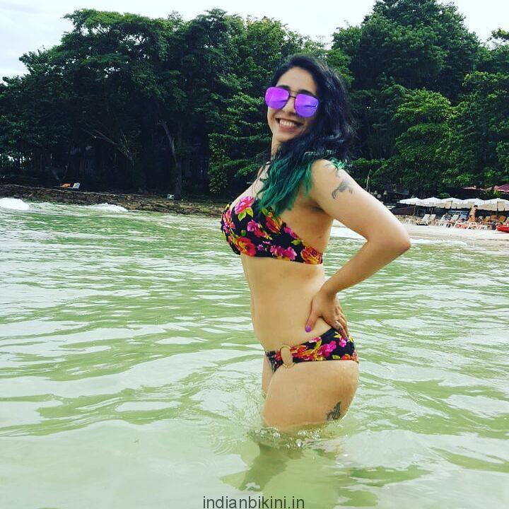Neha Bhasin falunts her curves in Bali